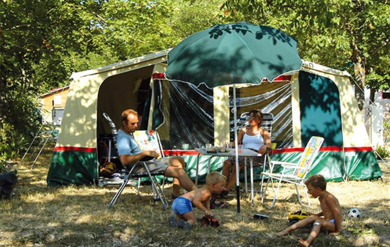 Emplacements Tentes - Aloha Camping Club *** - Amélie les Bains